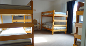 Photo of multi-share dorm room at Bendigo Backpackers